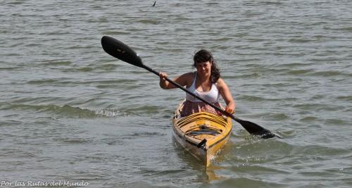 Aunque no lo crean, esta es la mejor foto que tengo de mi bautizo de kayak