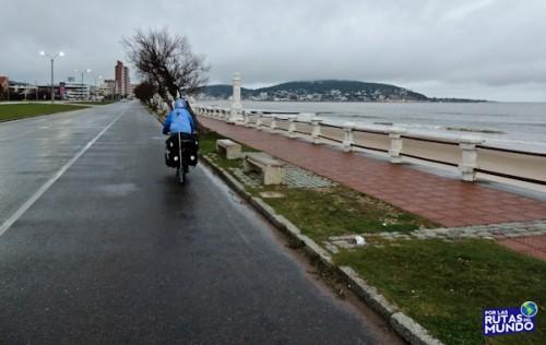 Por las Rutas del Mundo - Viaje en bicicleta- Piriapolis