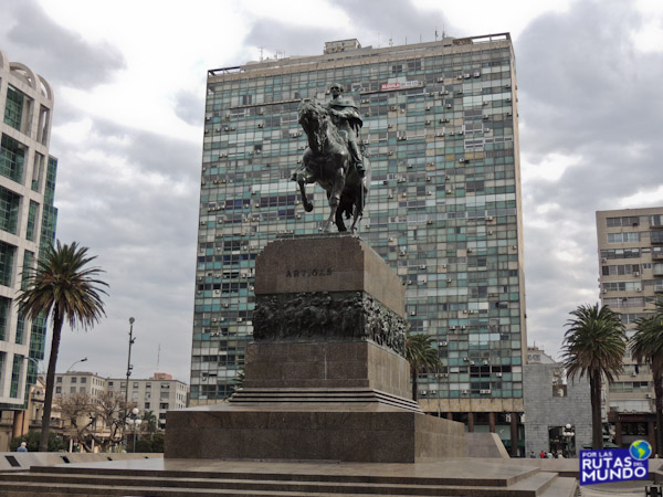 montevideo plaza independencia gral artigas