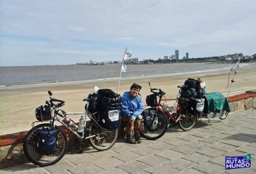 Por las Rutas del Mundo Rambla de Montevideo