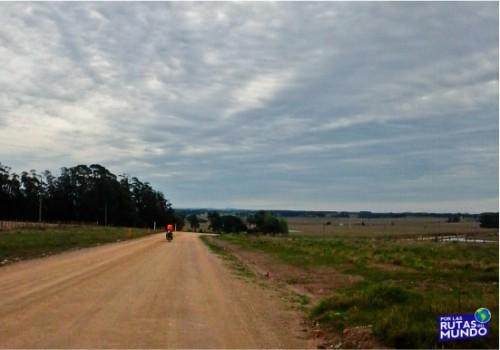 por las rutas del mundo en bici por uruguay