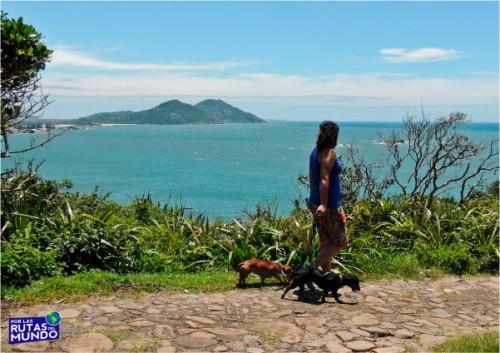 praia-do-rosa-paseando-por-praia-ouvidor-trilha-vermelha