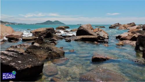 Praia-do-Rosa-un-paraiso-en-el-sur-de-Brasil-7