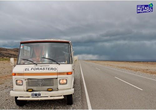 motorhome-en-ruta-40-santa-cruz-patagonia-argentina