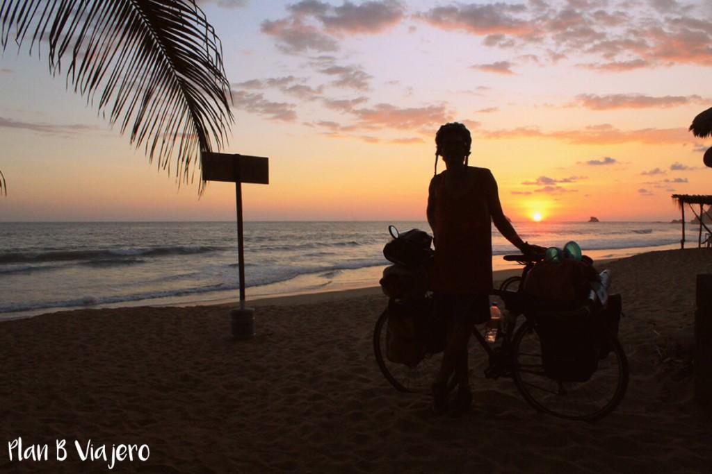 plan-b-viajero-viaje-en-bicis-de-bambu-vivir-viajando-cicloturismo